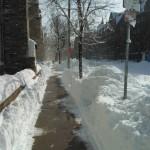 Chodník vyfrézovaný, silnice pod sněhem